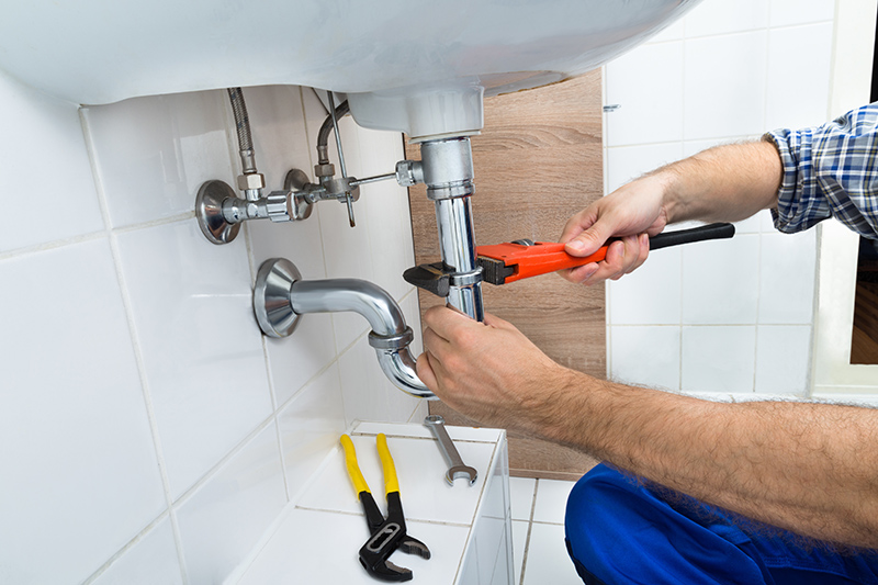 Emergency Plumber Cost in Kensington Greater London